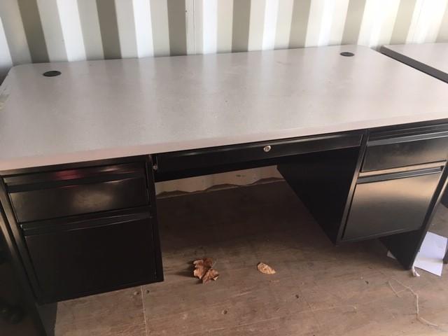 4 drawer teacher desk