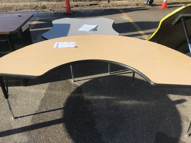 Kidney table 2ftx2ft